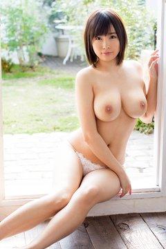 巨乳ハダカ美女#3